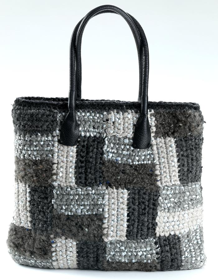 VICKY  tote , Shopping  bag .geometric patchwork pattern   Composition: 50%wool,30%mohair,20%raffia . Leather handles drop 20cm(7 in). Silk lining.Handsigned label . Mesurament cm38x33 (15x13 inch)