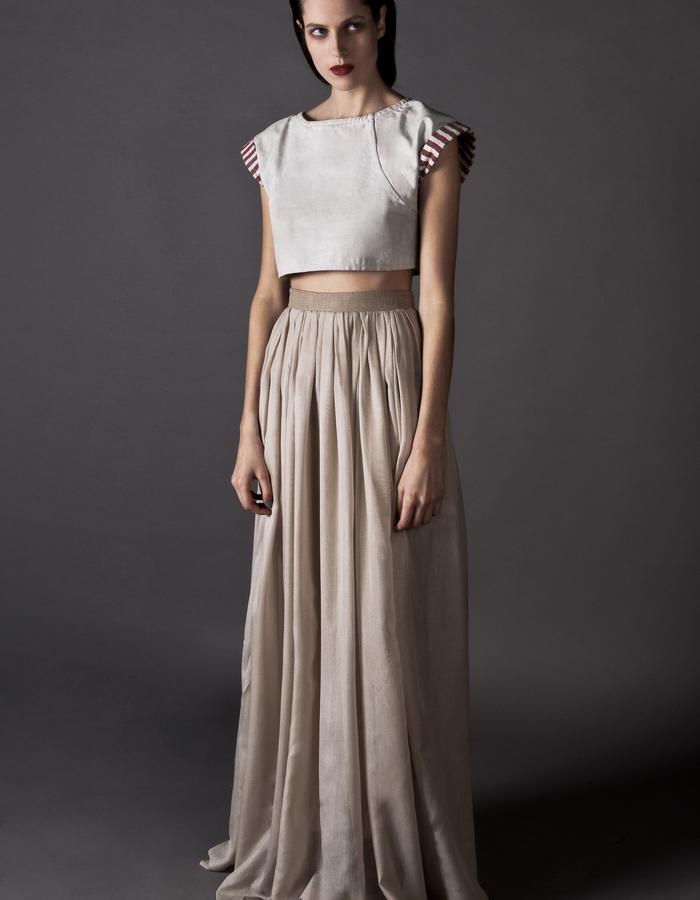 Stripped Canvas hard crop-top veil skirt