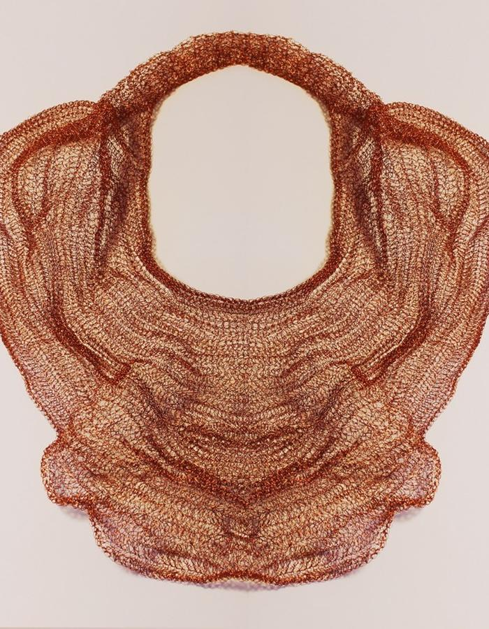 The 0.3 Necklace it´s made of copper