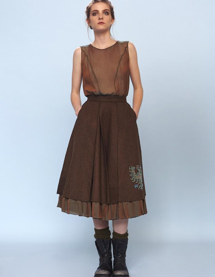 pleated woolen skirt and chiffon top