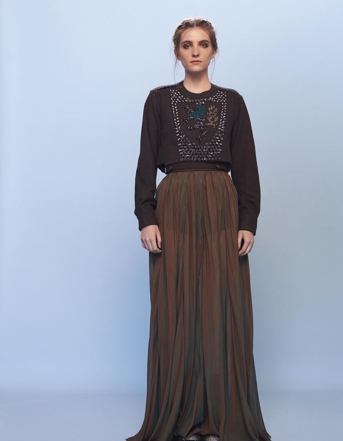 maxi chiffon skirt and embroidered sweatshirt
