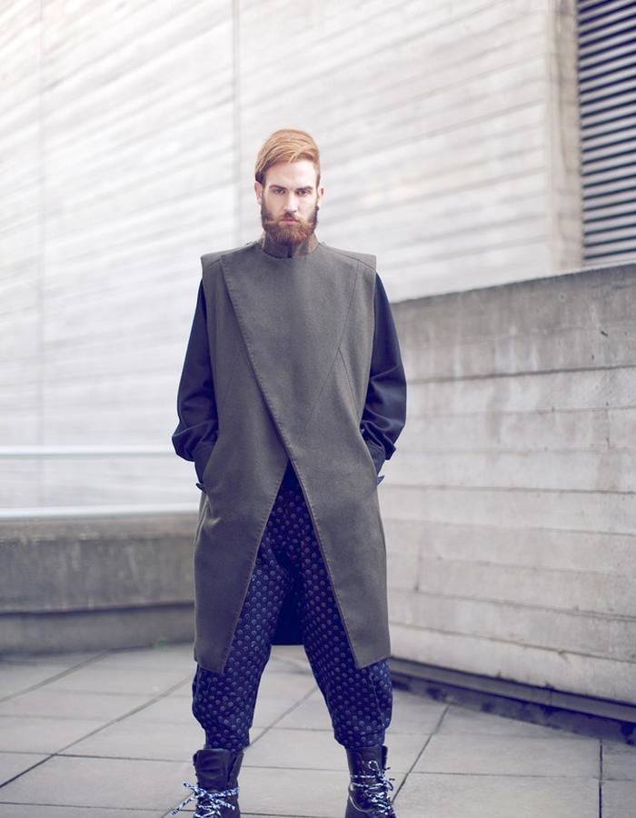 sleveless coat 2