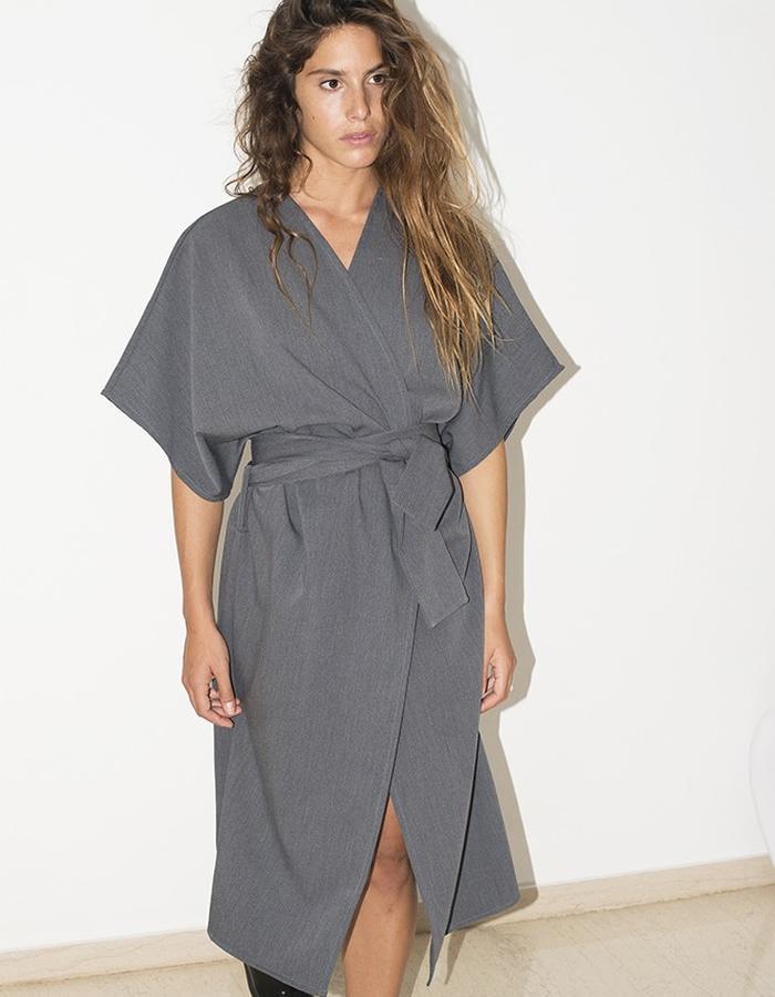 GREY KIMONO CLOTHO VAIDA PILELYTE