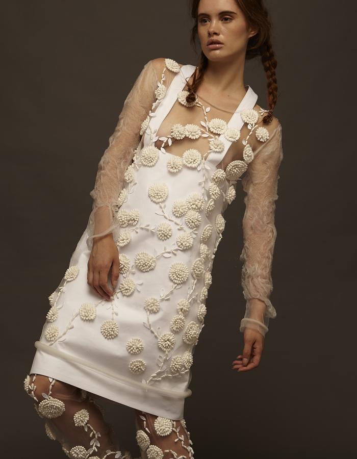 cotton fioc as embroidery