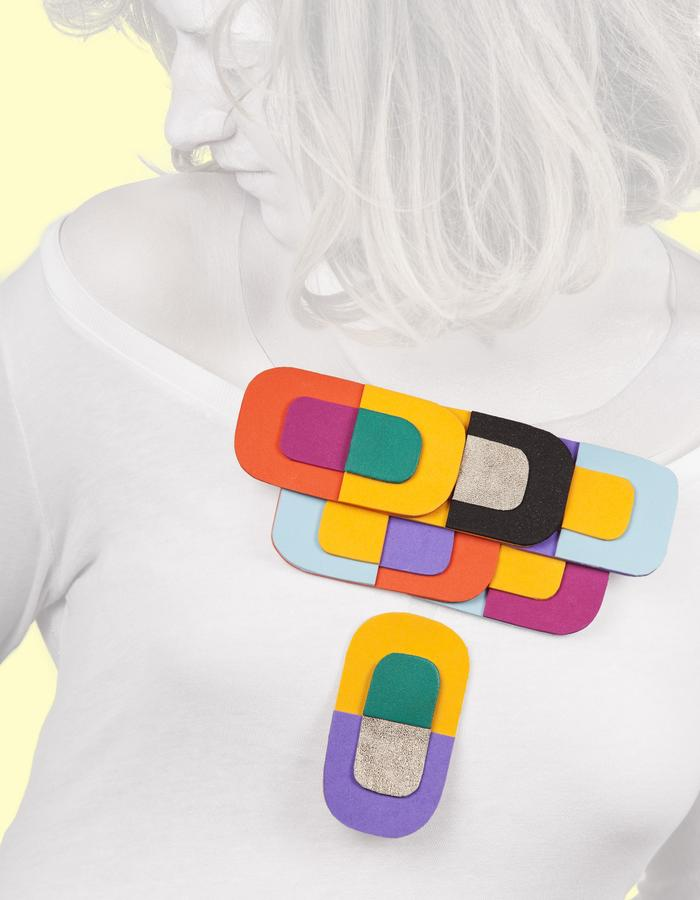 Necklace made of neoprene, PVC and leather