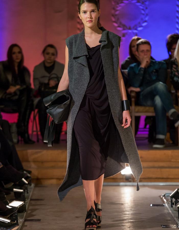 Grey Wool Vest / Black Jersey Draped Dress? Black Leather ToteBag