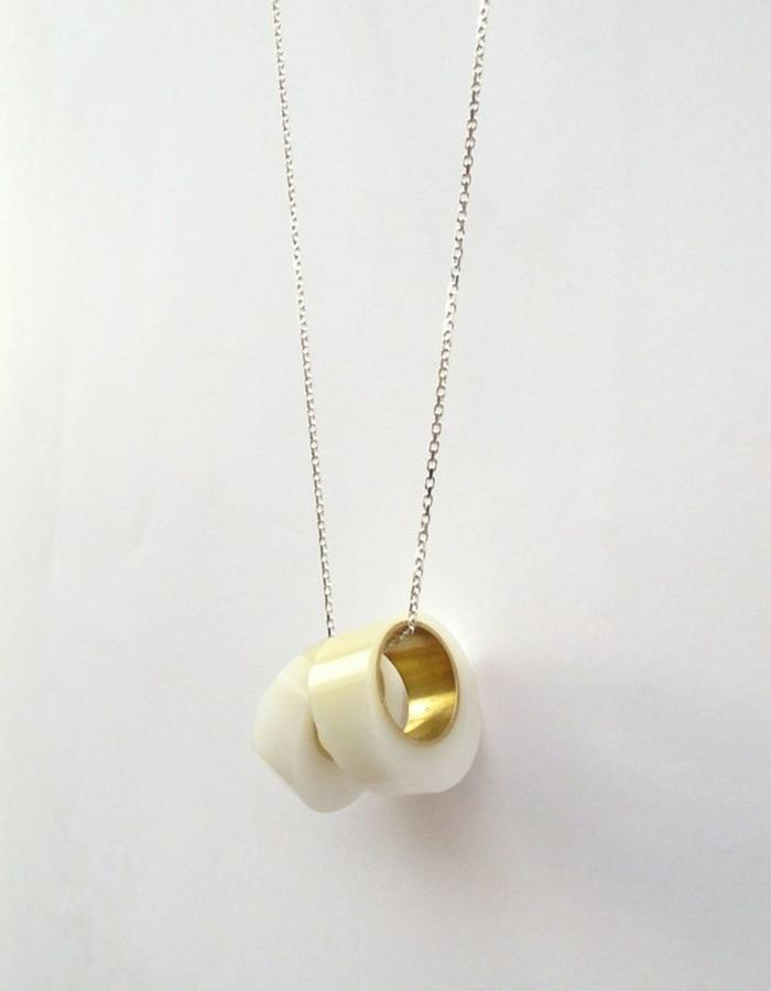 Milky Maki Necklace/Removable Rings