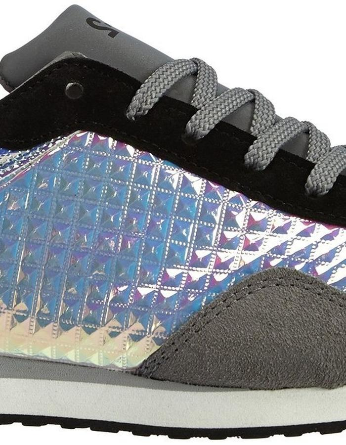 nat-2 Spacerunner grey pyramids