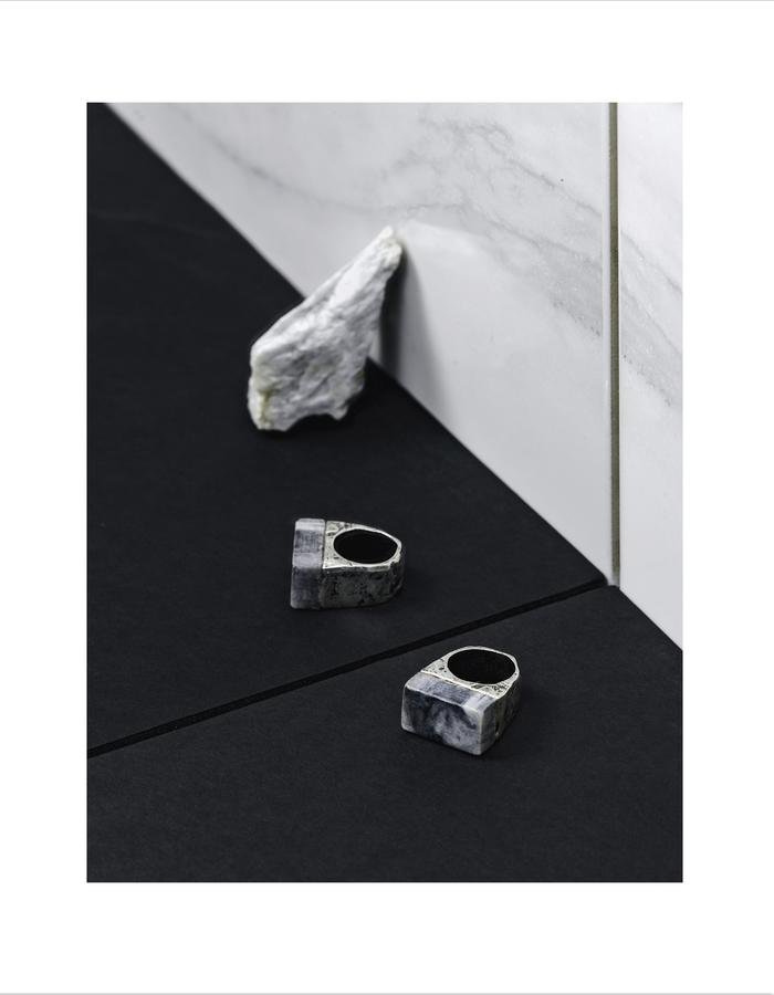 Marble ring LLY Atelier