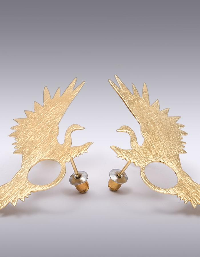 MERIDAA EARRINGS. MATERIALS : Gold Plated Brass 14K. Unique Size.