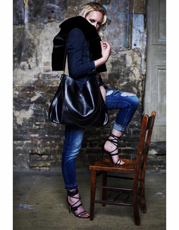 Renaissance Twentyone Tote Bag