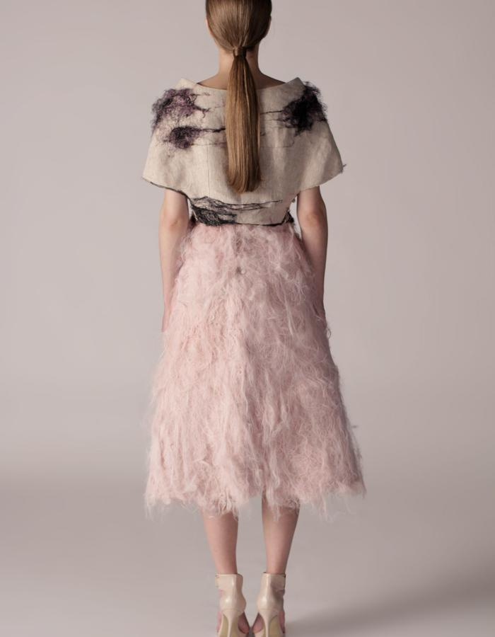 andrea bores, linen top embroidered with silk fiber and acetate fiber skirt