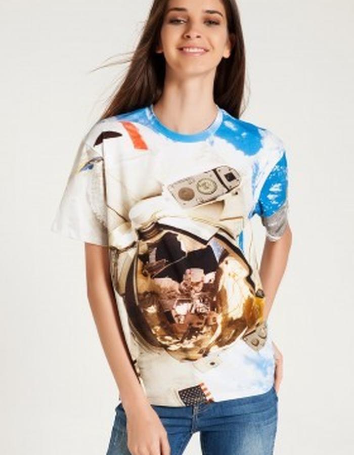Astronaut Unisex Tshirt