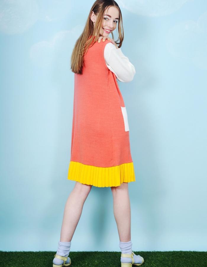 Block Colour Pleat Hem Knitted Dress Pink
