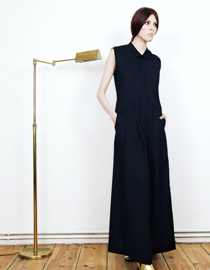 black loose wool jump suit #jumpsuit #karakusi