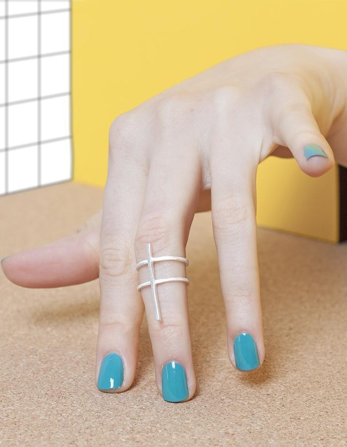 SIGN IN SPACE MIDI RING