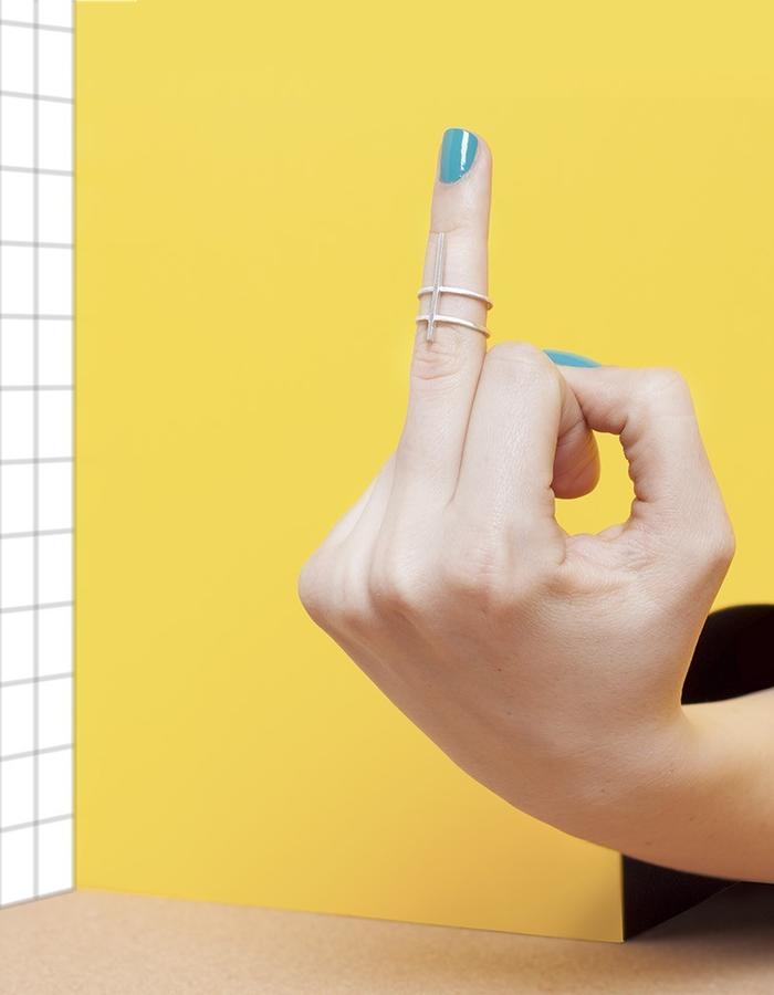 SIGN IN SPACE MIDI RING