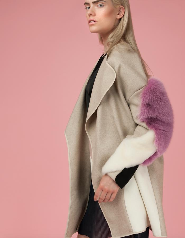 Material: Cashmere, Shearling, Fox fur, Wool.