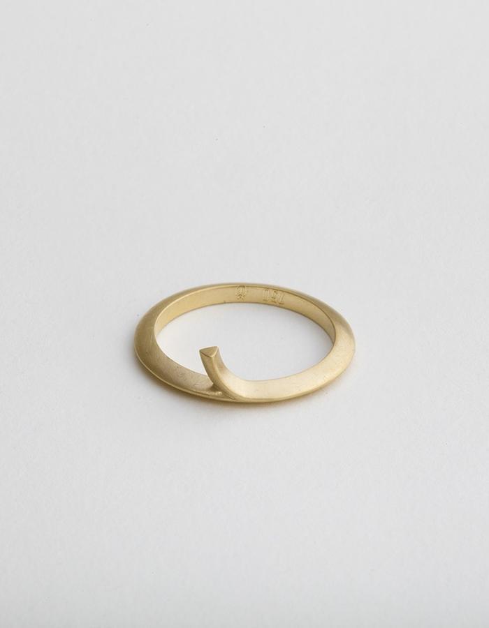 Rise String | Code: RD-101 | 18 Karat Gold