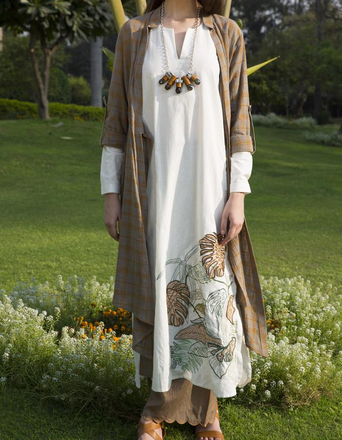 THE COMPLETE SUMMER ENSEMBLE IN WASHED LINEN