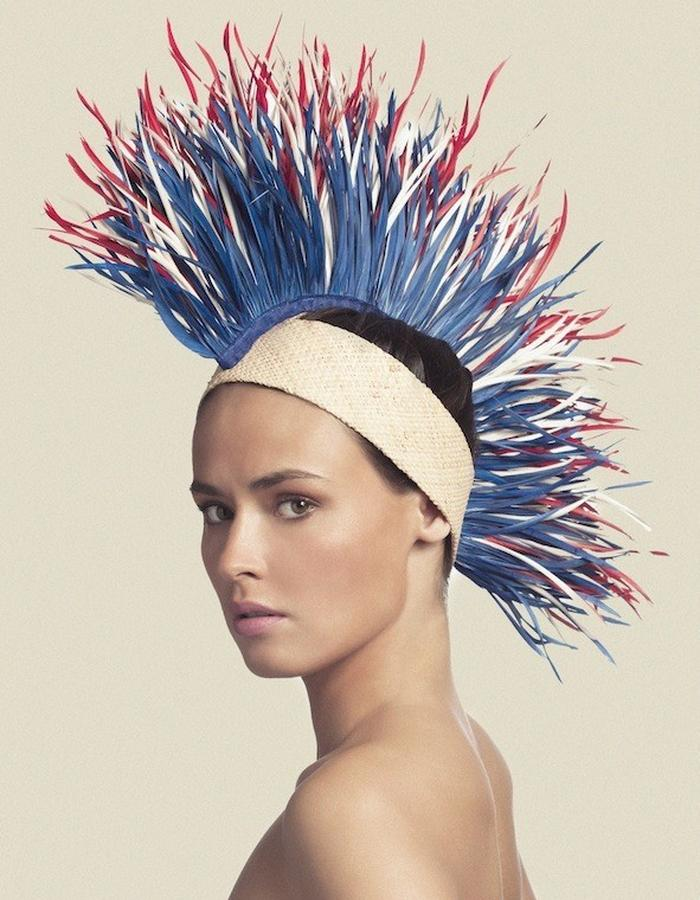HEADPIECE IN RAFFIA & FEATHER