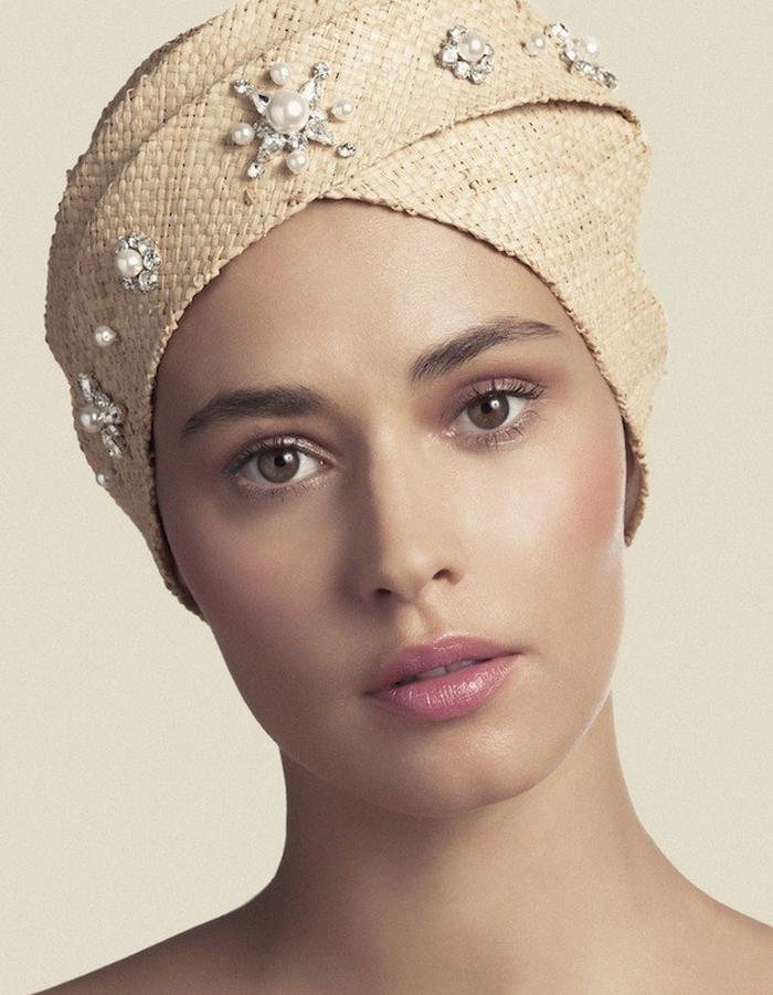 TURBAN IN CRYSTAL EMBROIDERED RAFFIA