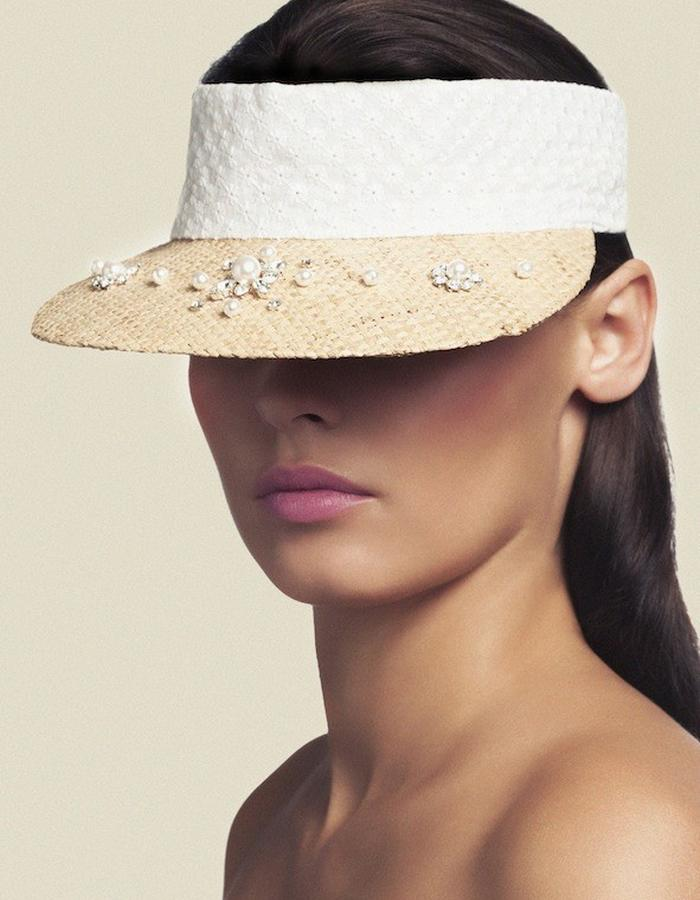 VISOR IN CRYSTAL EMBROIDERED RAFFIA & COTTON
