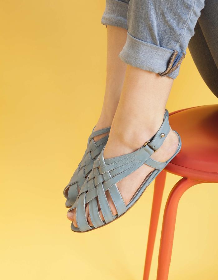 olivethomas_s16_woven sandals