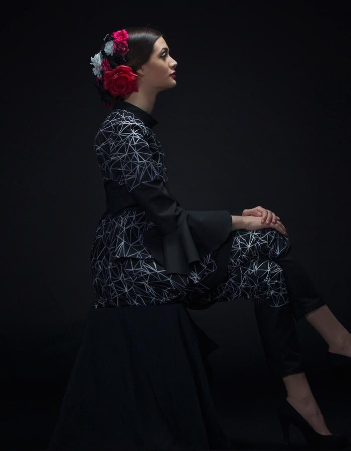 Crepe wool dress and pants, thread embroidered decoration.