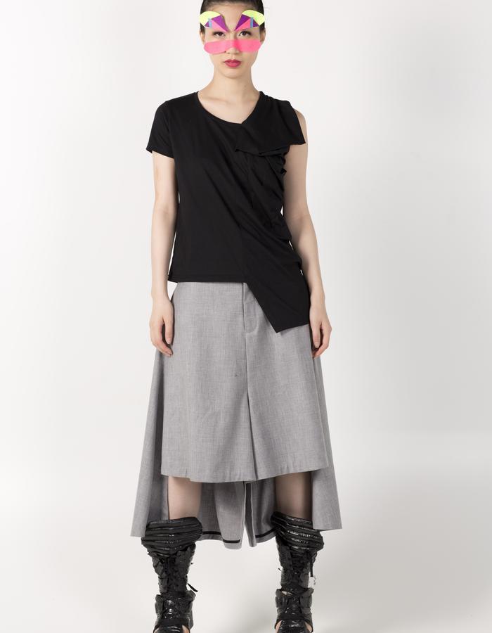 RECTANGLE T-SHIRT BLACK HKD 780 ASYMETRIC PANTS HKD 1280