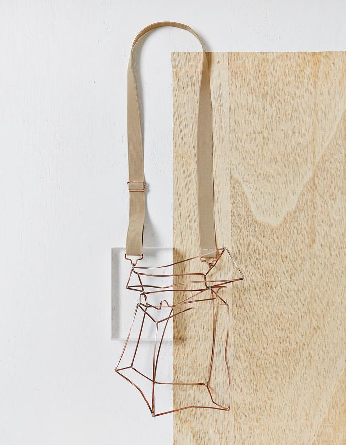 Packaing Necklace XL.  Copper, elastic.  2016
