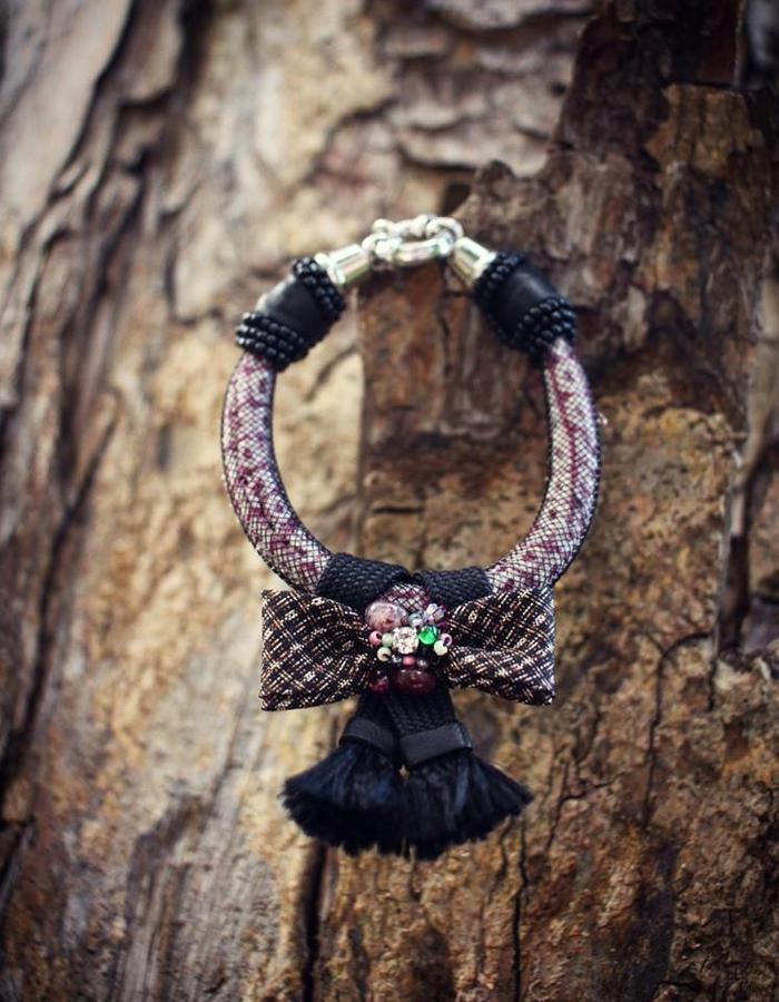 ARIEL.C Bracelets w/ bow and tassels