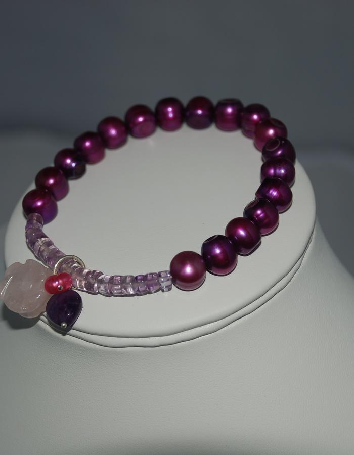 Gemstones and pearl charm amethyst & pearl Bracelet
