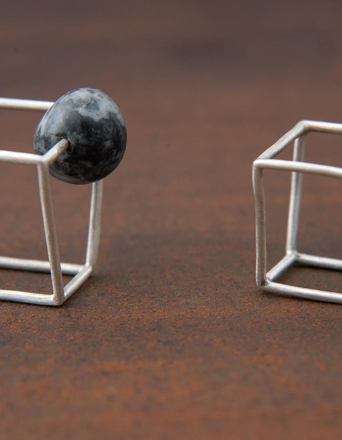 •Almost Cube• ring, sterling silver and pebble