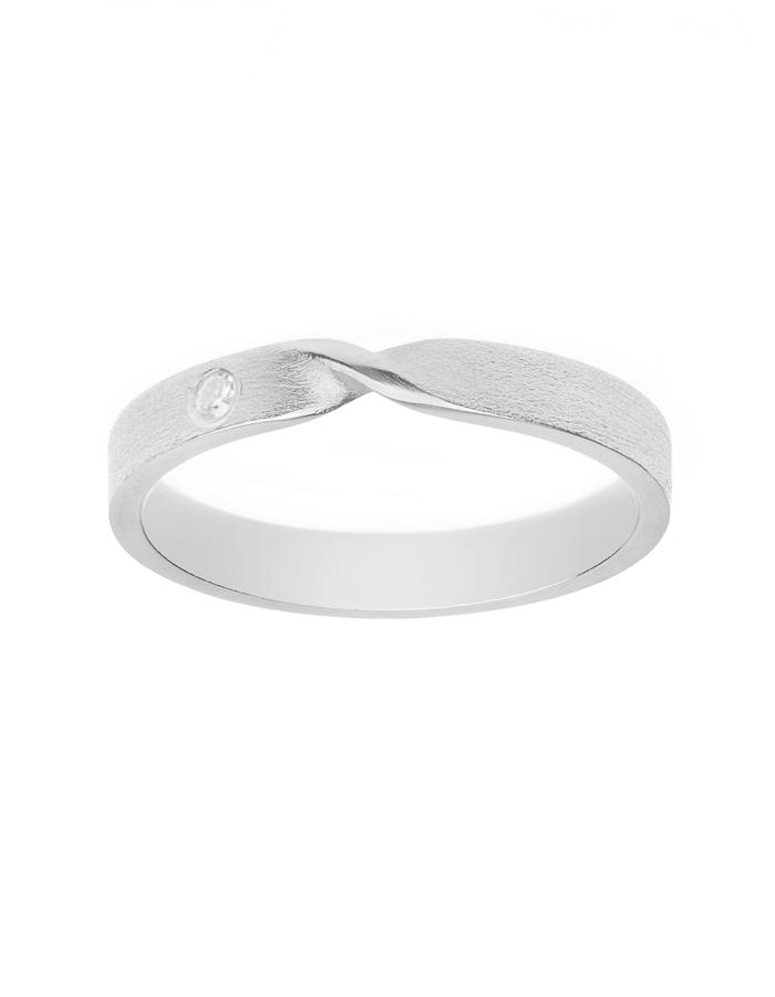 Silver ring with cubic zurconium