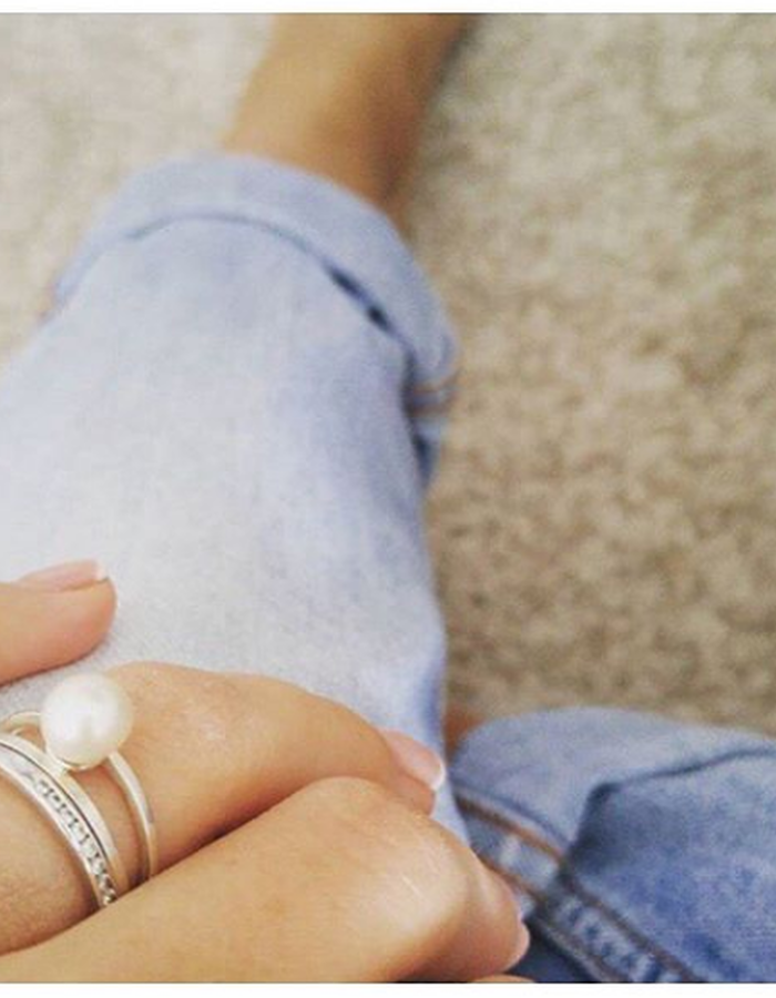 Minimal silver ring with pearl