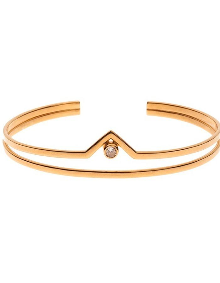 Simple gold plated bracelet with zirconium