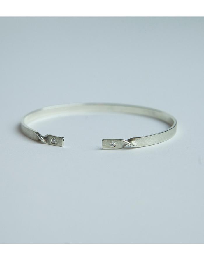 Minimal Silver cuff bracelet with cubic zirconium