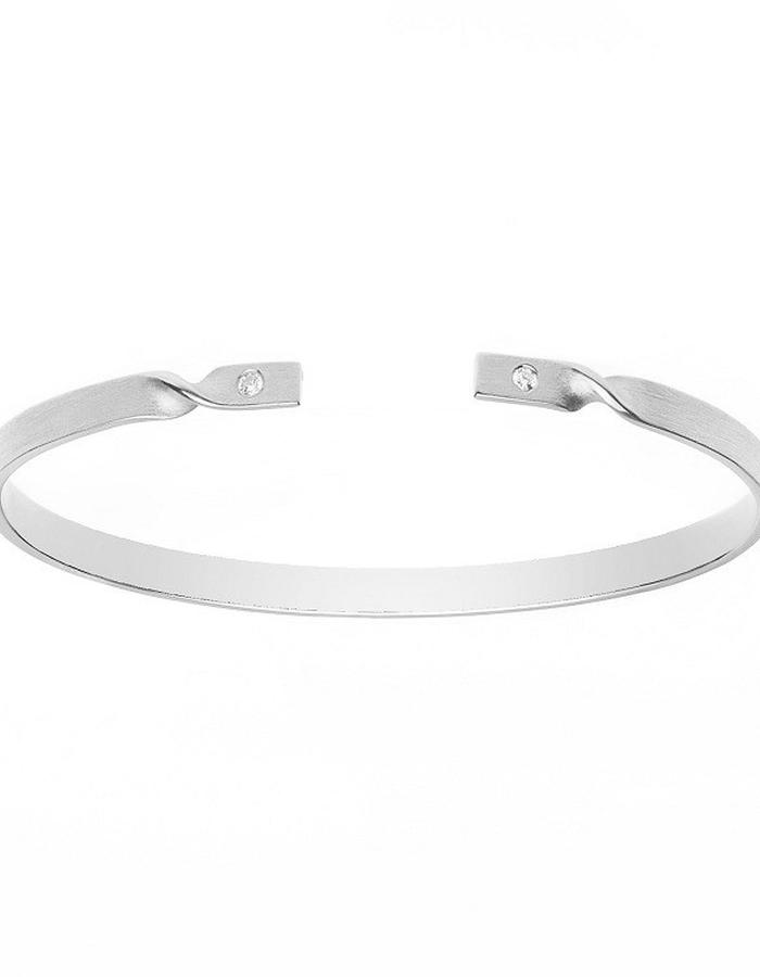 Minimal silver bracelet matte finish with cubic zirconia