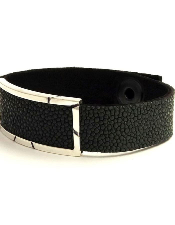 Stingray Leather Wrist Band in Silver