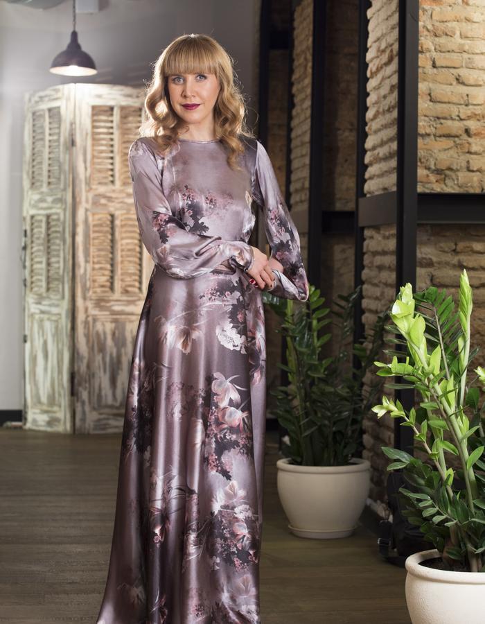 Luxury elegant Silk dress