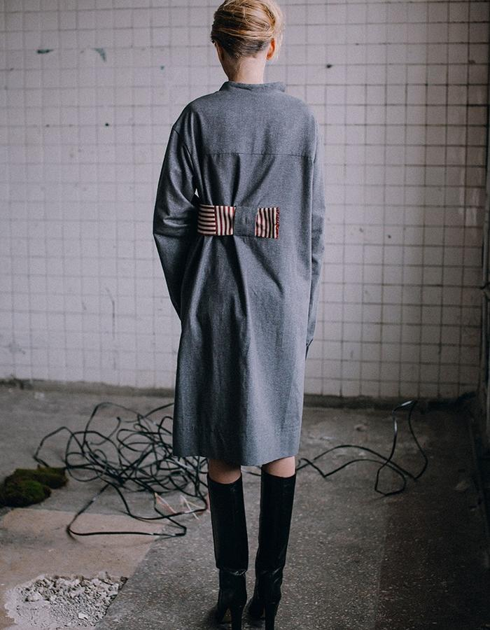 Soft cotton dress with long sleeves and asymmetrical waistband