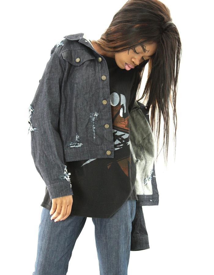Model: Orean Kiawa | Photography/Fashion/Design: Jennifer Moica