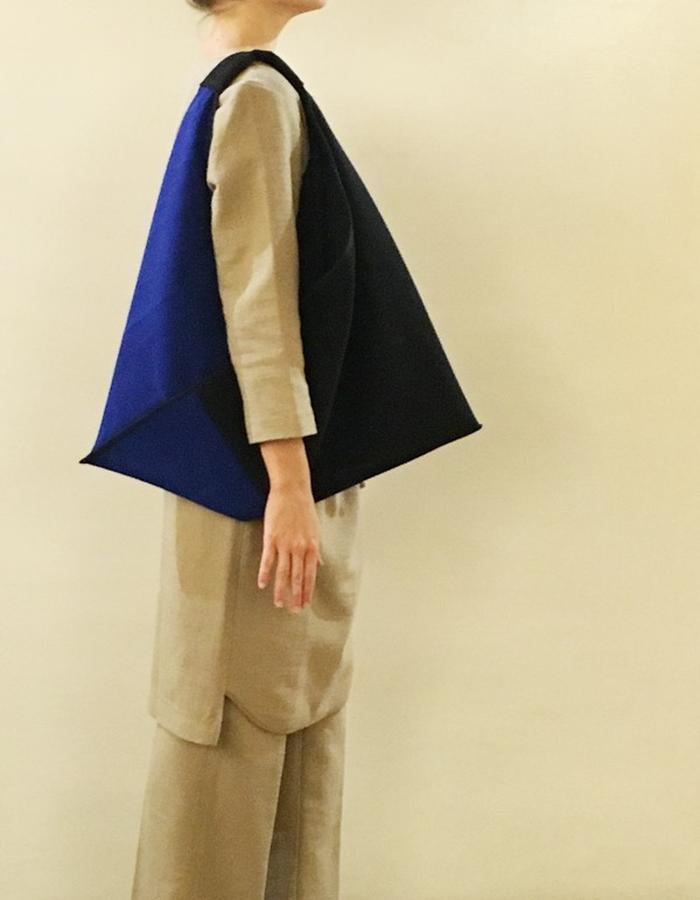 Blue&Balck Origami Bag - mouflon tissue