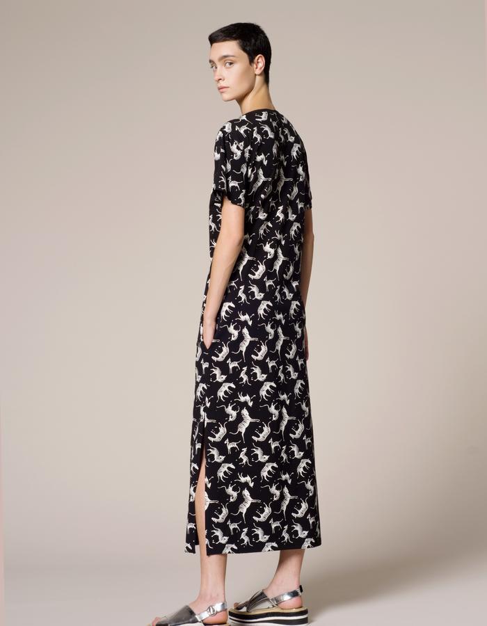 Vender zebra dress