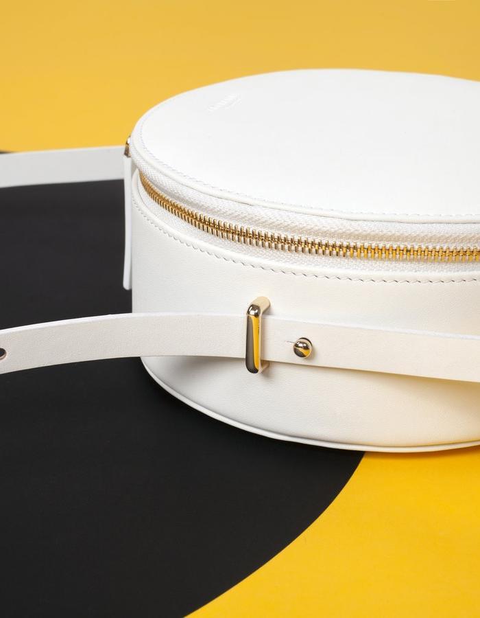 Naoshima | Round Bag | White