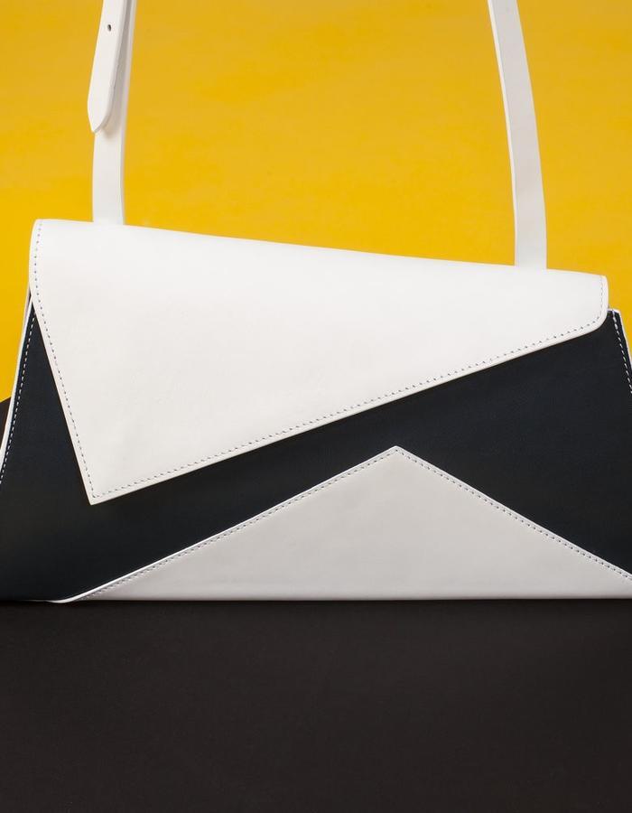 Naoshima | Asymmetrical Bag | White