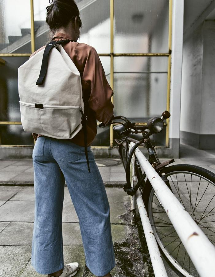 HANNAH and natural linen LUCID bag