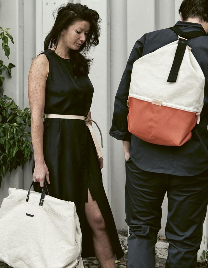Hannah with linen WEEKENDER and CONRAD with ss17 LUCID