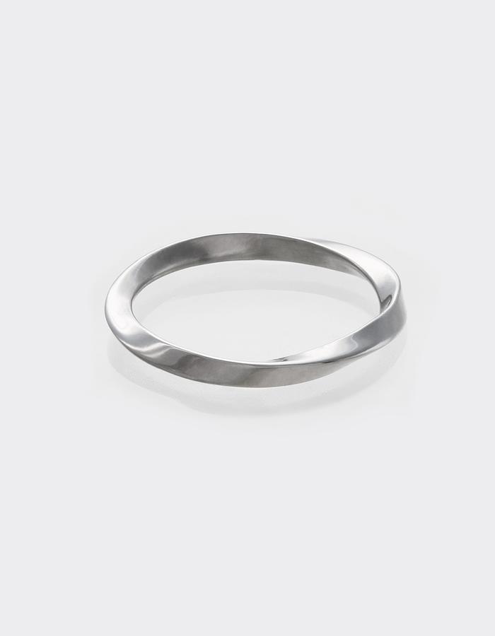 ring #Mobius